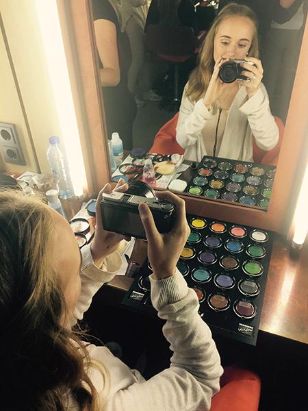 BLOG by Amber: Vlogster Yuna doet verslag van een lesdag bij dikpeeters